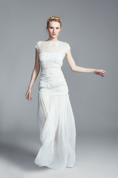 Nina Ricci's lace trim crinkled silk-chiffon gown with floral lace appliqués £3372