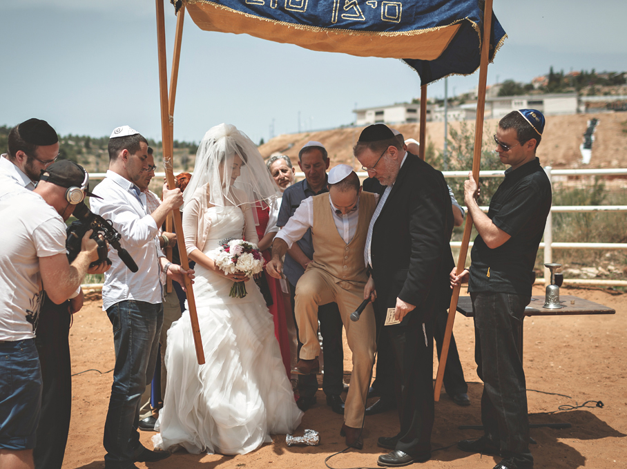 The Jewish Wedding And Breaking Glass Why