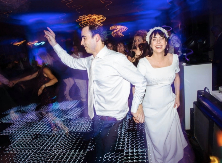 Jewish wedding dancing