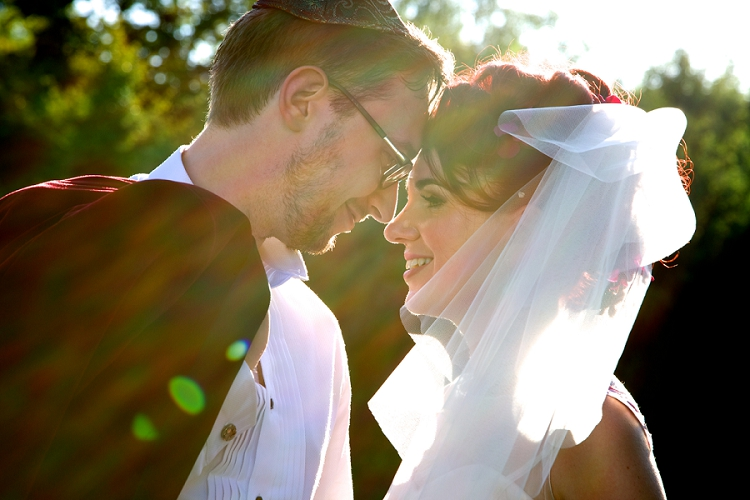 A Creative Colourful Jewish Wedding With A Show Stopping Floral Sassi Holford Gown At