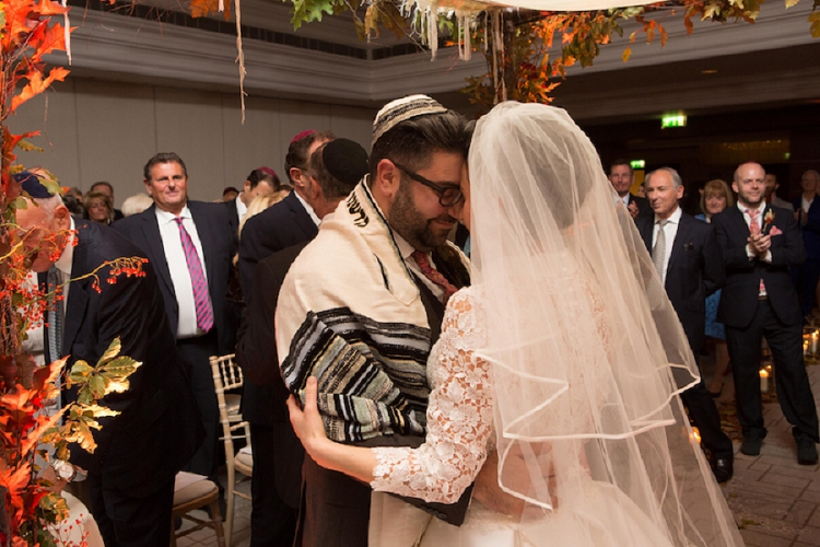 Jewish Wedding Intercontinental London 0024 Walking Down The Aisle To Handel