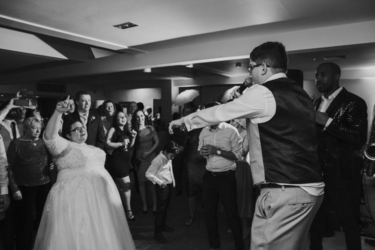 DIY-Stoke-Hall-Jewish-Wedding-Dancing