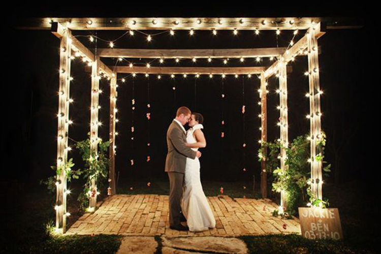 String-Lights-chuppah