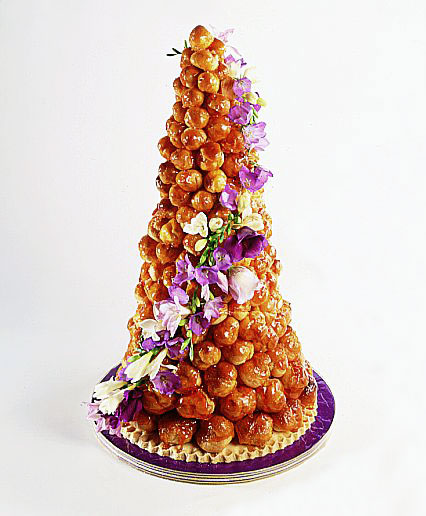 wedding_Croquembouche_cake