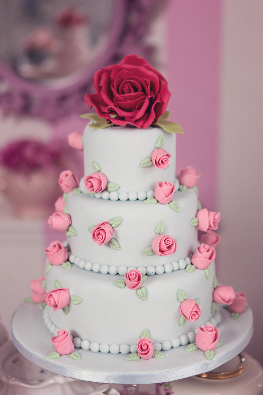 View More: http://cristinarossi.pass.us/wonderlandcakes