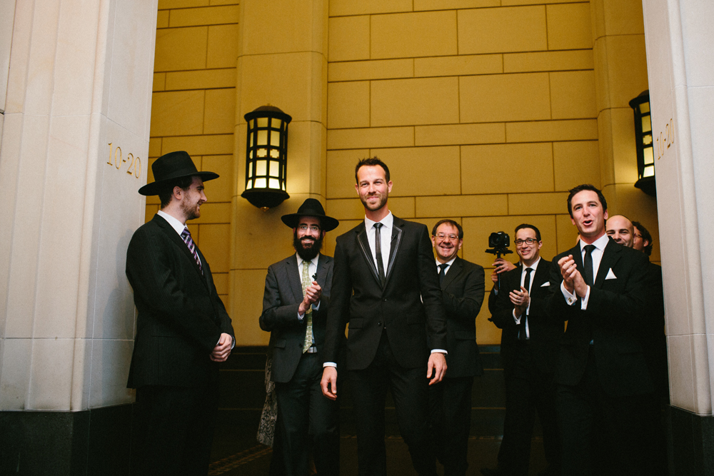 Vintage glam Jewish wedding at 333 Collins St and Myer Mural Hall Melbourne