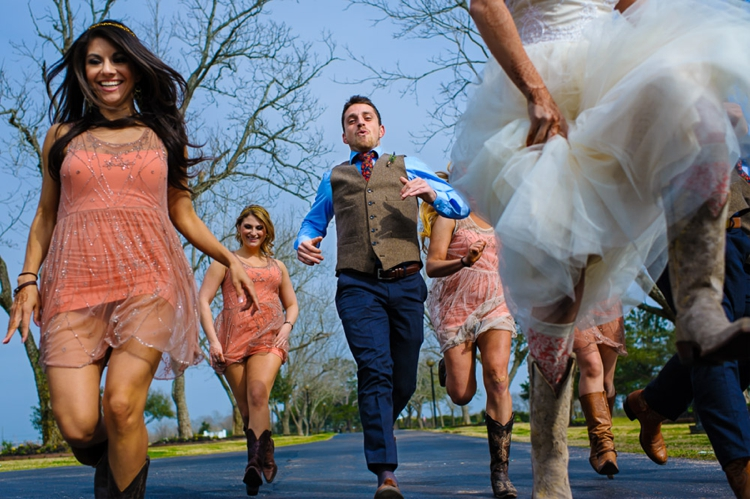 Outdoor Boho Jewish Wedding at House Plantation, Texas