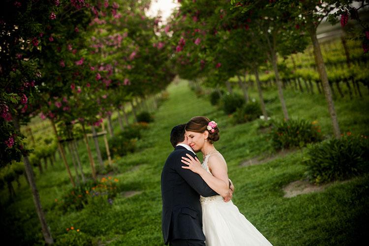 Wine-themed-vintage-glamour-Jewish-wedding-at-Jacuzzi-Family-Vineyards,-Sonoma,-California