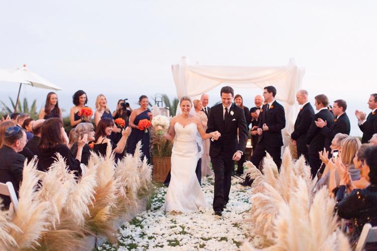 Outdoor Jewish Wedding at Bel Air Bay Club, California_0018