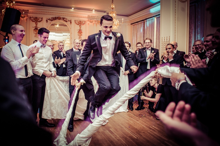 Images From Jewish Dancing At Weddings