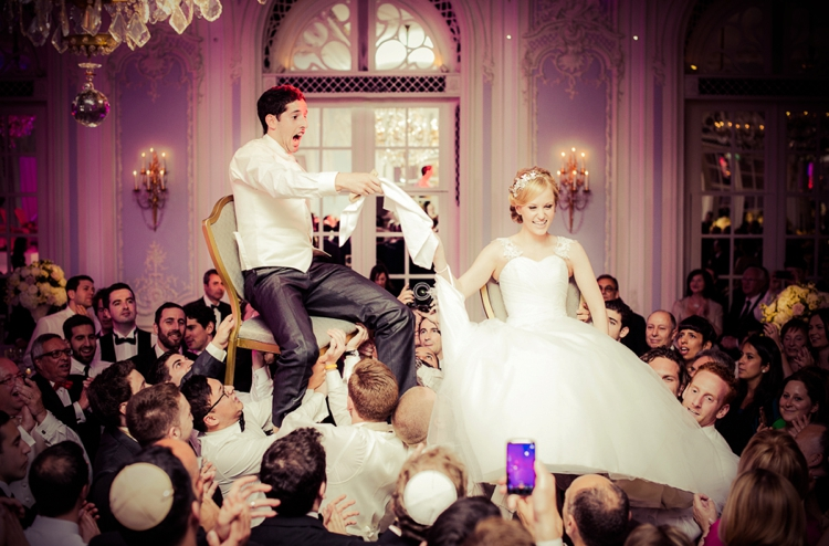 Jewish Wedding Dancing The Hora Jewish Wedding Traditions