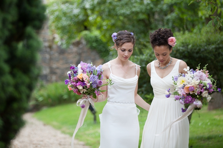 Lesbian Jew-ish Wedding at Notley Abbey, Oxfordshire, UK