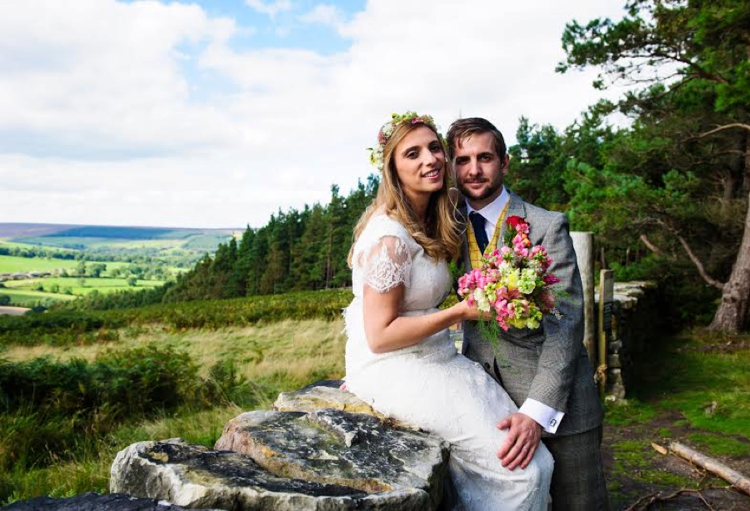Outdoor, rustic, relaxed Jewish wedding, full of handmade and DIY details, at The Bivouac, Swinton Park, North Yorkshire, UK_0119
