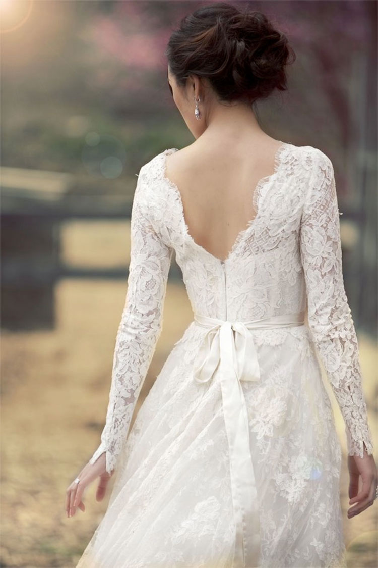 Lace-sleeve-wedding-dress