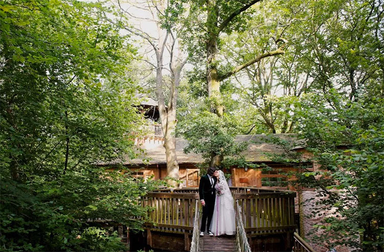 Treehouse-Wedding