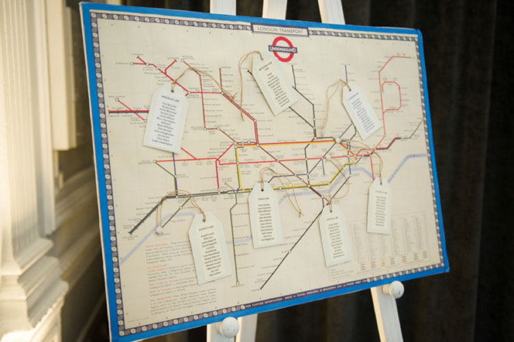 London-Underground-Table-Plan