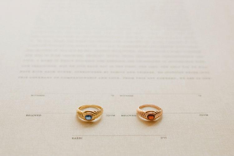 engagement-rings-lesbians