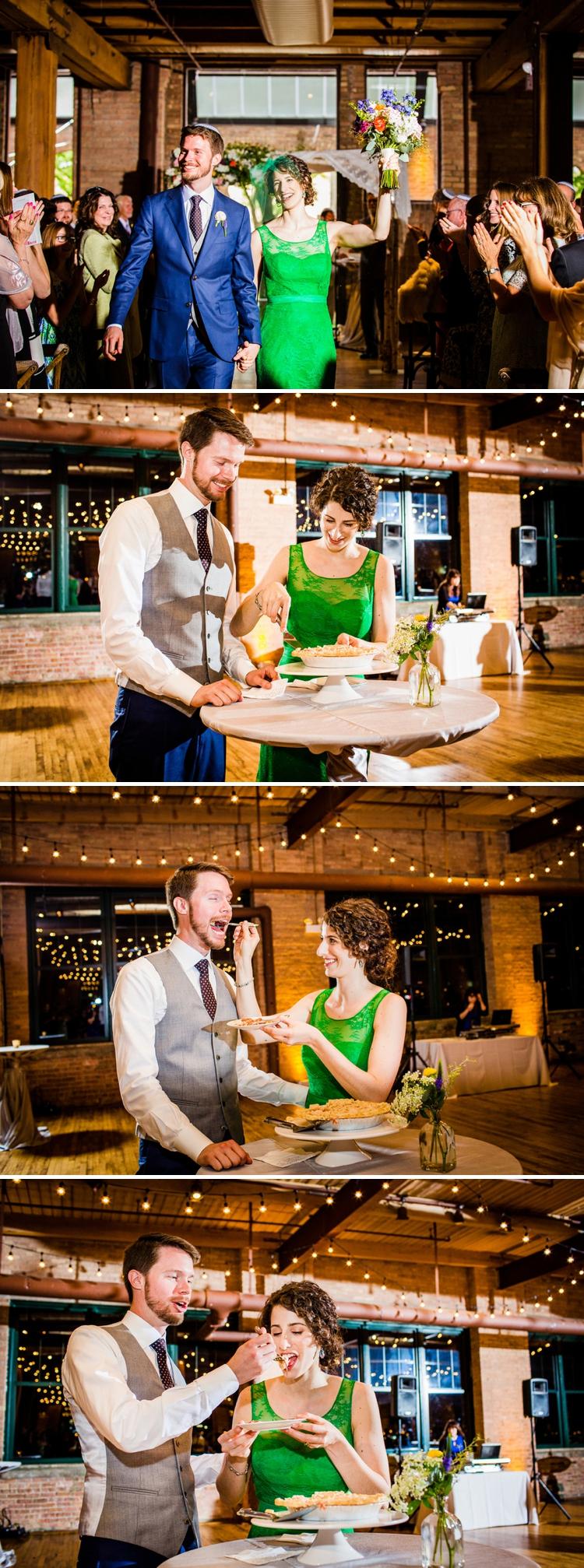 A bride in a greaen wedding dress for a creative Jewish wedding at Bridgeport Art Center, Chicago, USA_0497