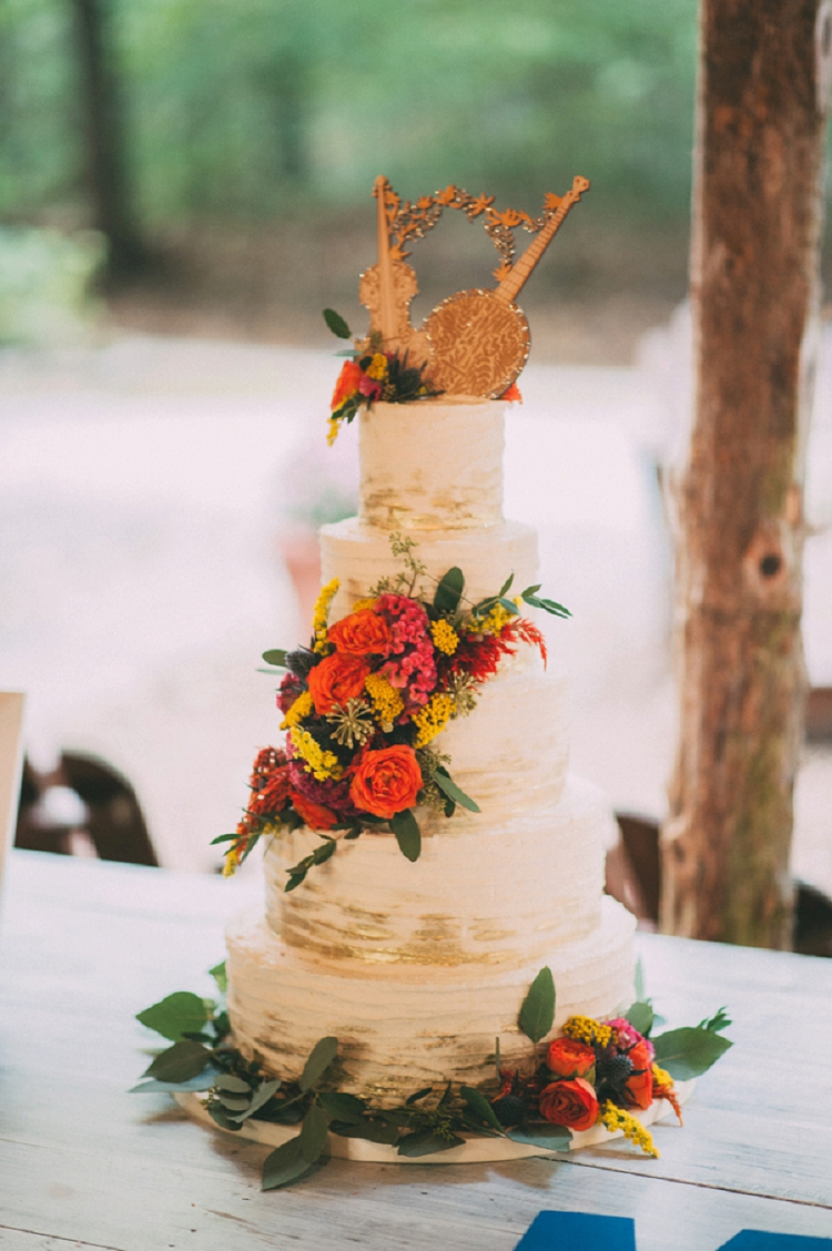 diy-rustic-colourful-outdoor-jewish-wedding_0004