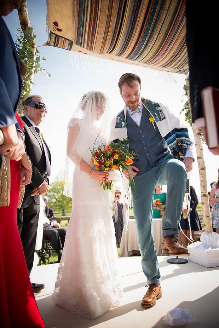 earthy-rustic-jewish-wedding-essex-uk_0035