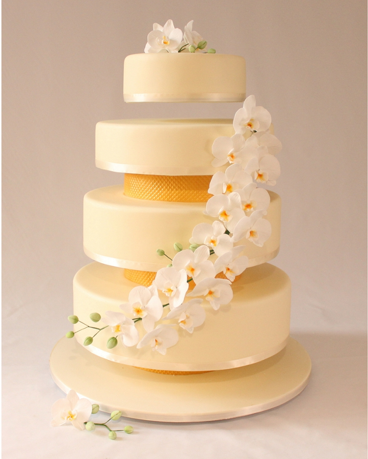 Wedding cakes Archives - Smashing the Glass | Jewish Wedding Blog