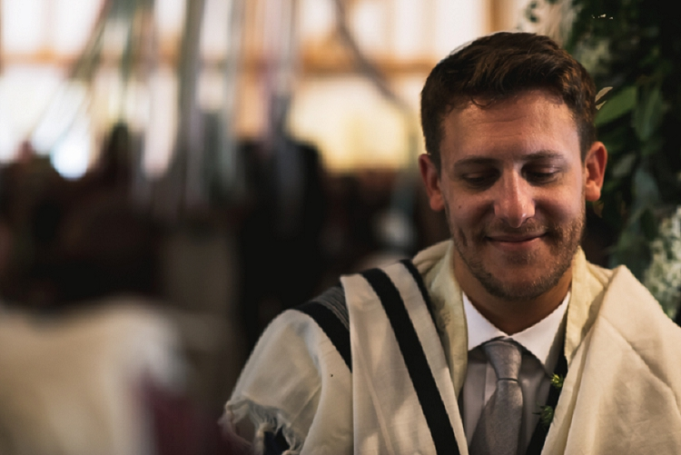 Rustic Jewish Wedding South Farm UK_0029