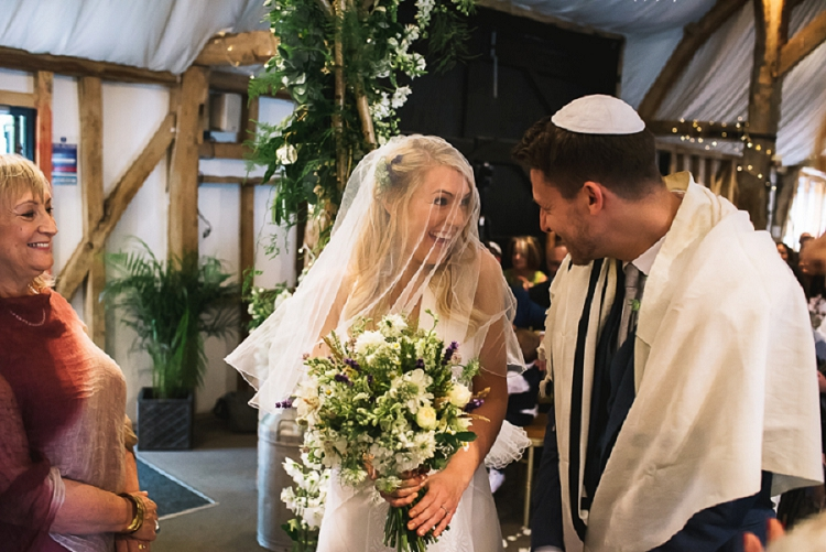 Rustic Jewish Wedding South Farm UK_0032