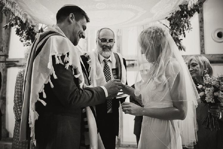 Rustic Jewish Wedding South Farm UK_0033