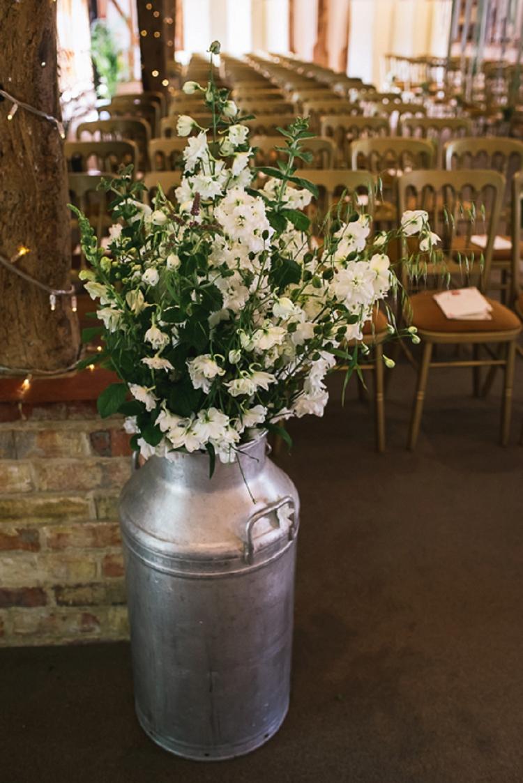 Rustic Jewish Wedding South Farm UK_0036