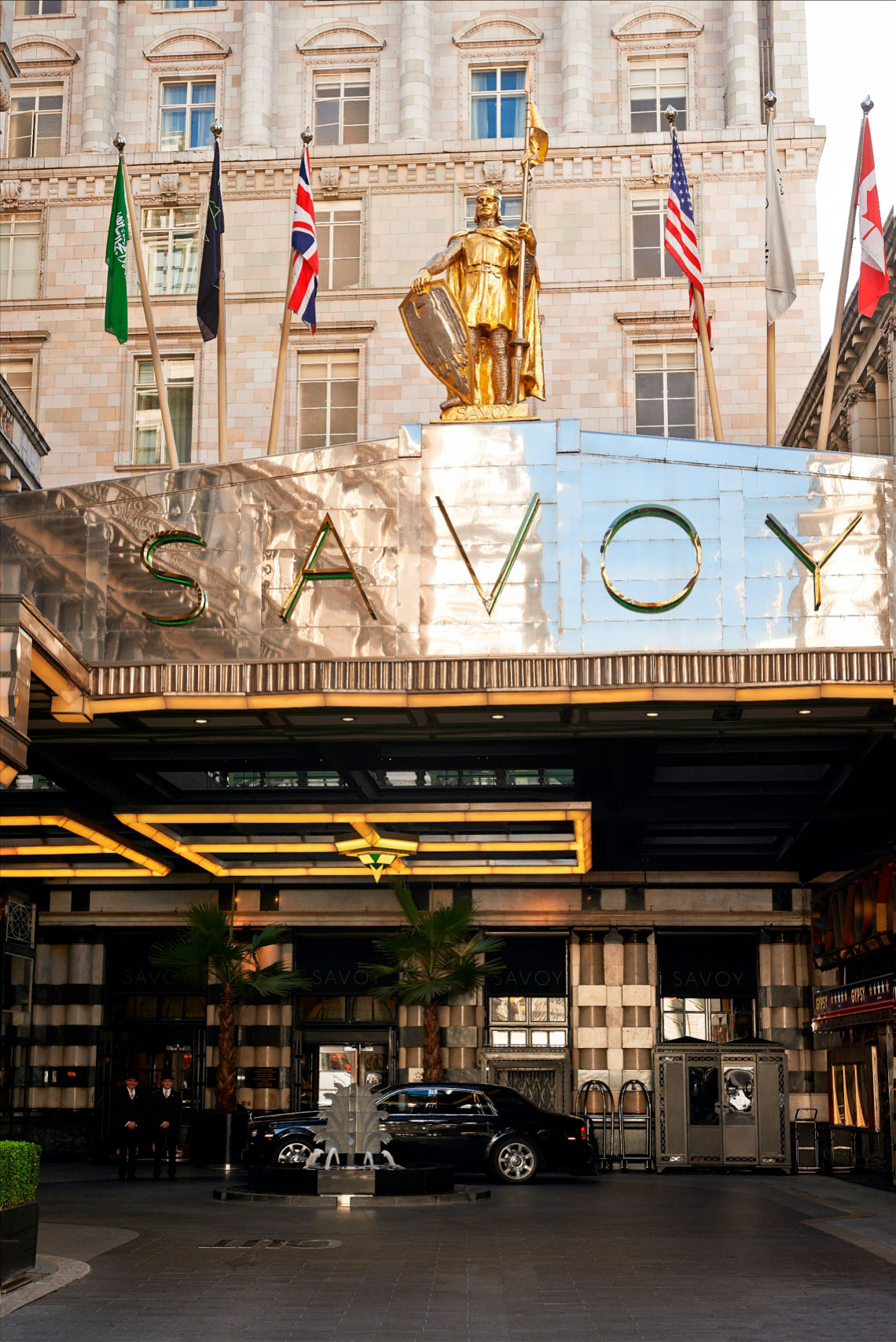 Weddings-at-The-Savoy-Hotel