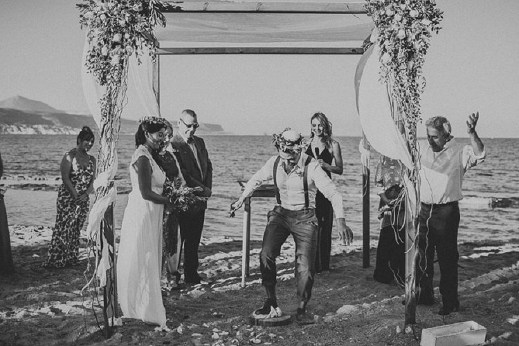 Destination Jewish Greek wedding on the beach in Crete_0020