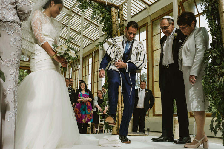 Jewish-Chinese-Wedding-Kew-Gardens-London-UK-29