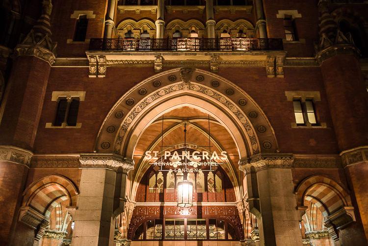 Jewish Wedding Hackney Hall St Pancras Renaissance London Hotel UK_0627
