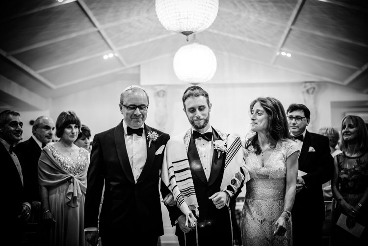 Jewish Wedding Manor by the Lake Hatherley Lane Cheltenham UK_045119