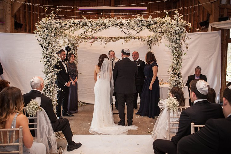 A Fairy Light Filled Jewish Barn Wedding With A Crowd Surfing
