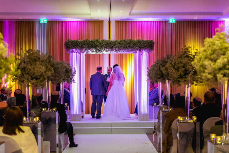jewish-wedding-the-grove-hotel-Hertfordshire UK-023
