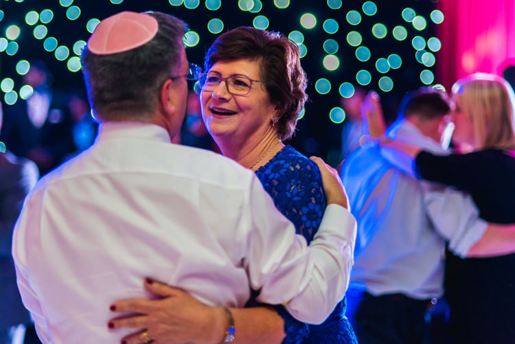 jewish-wedding-the-grove-hotel-Hertfordshire UK-046