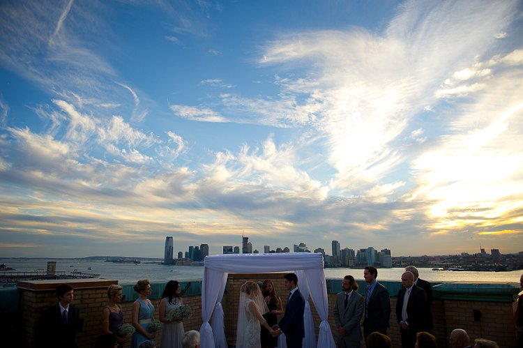 Jewish Wedding Manhattan New York City the rooftop of Ramscale Studios USA_0039