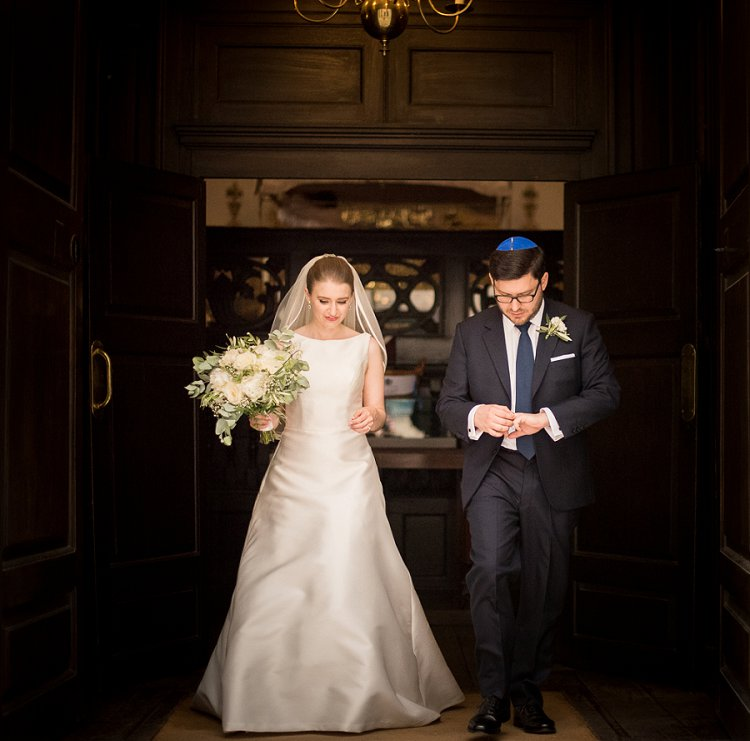 A Literary London-themed Jewish Wedding At Bevis Marks