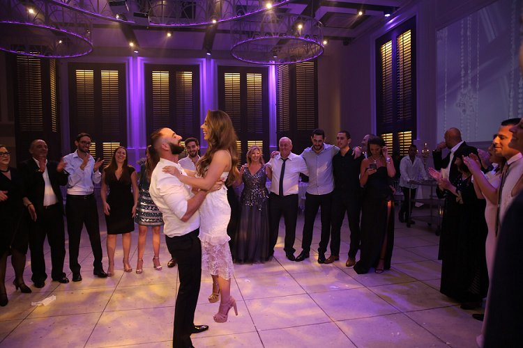 Jewish wedding at Avenue, Tel Aviv, Israel_0073