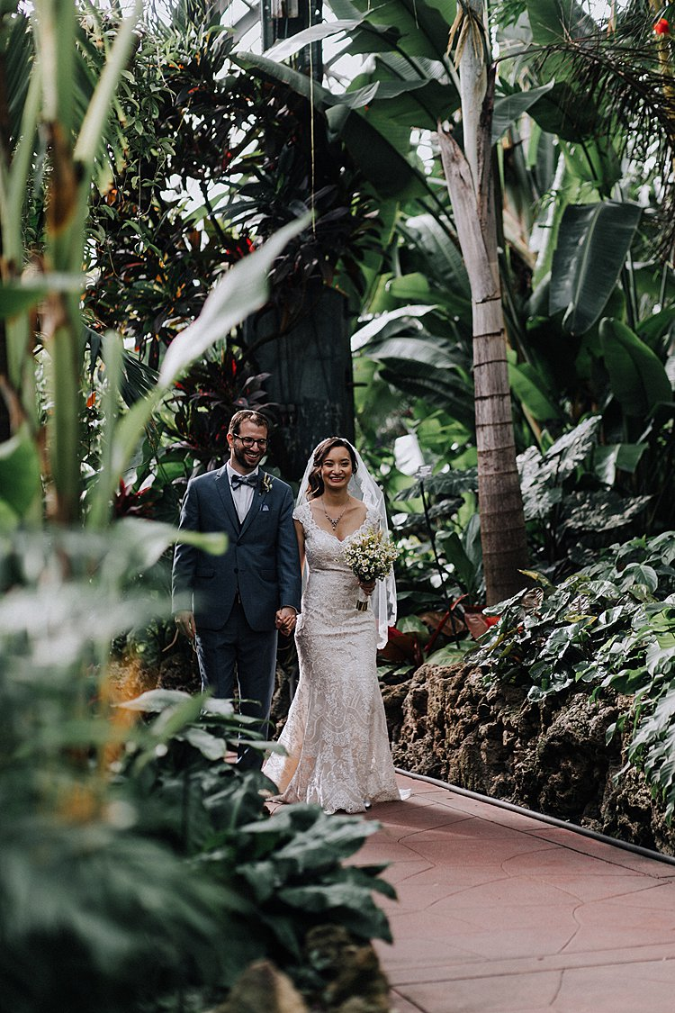 ewish-wedding-Alfred-Caldwell-Lily-Pool-and-Lincoln-Park-Conservatory-Illinois-Chicago-USA