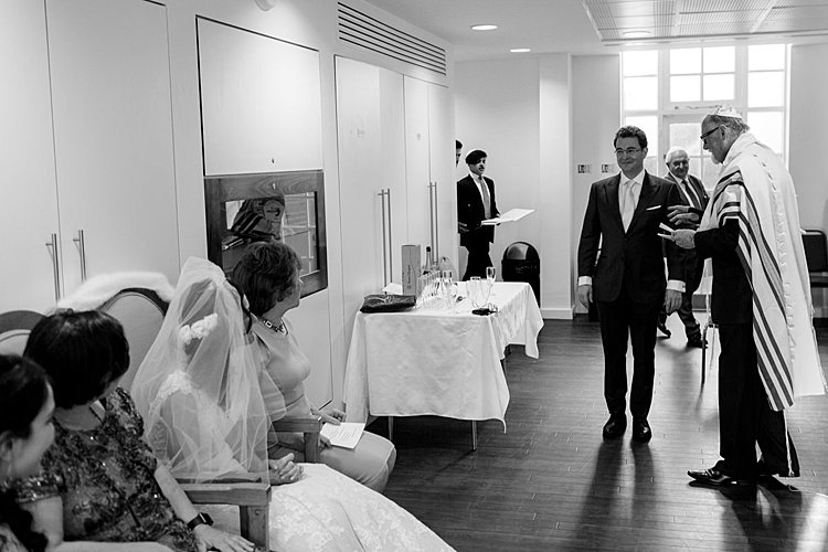 Jewish wedding Belsize Square Synagogue and Liberal Club London UK_0008
