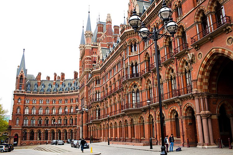 Jewish wedding St Pancras Renaissance London UK_0001