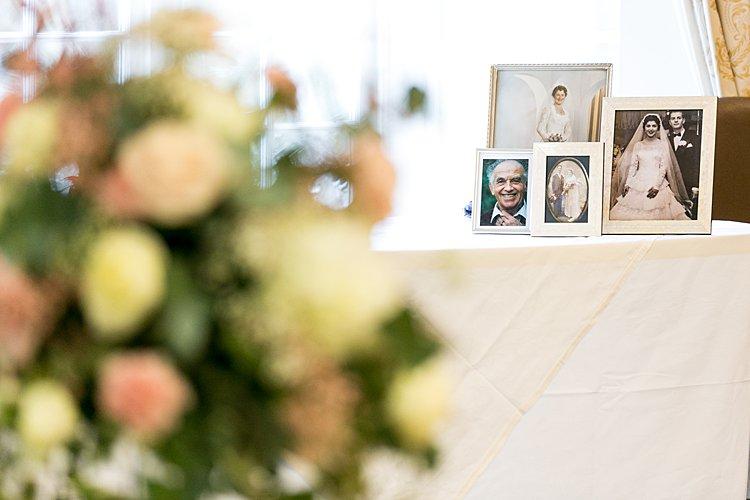 Jewish wedding at Warren Weir at Luton Hoo UK_0040