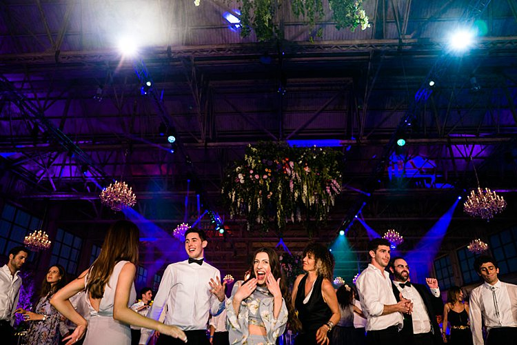 Jewish wedding in an aeroplane hangar at Bicester Heritage UK_0067