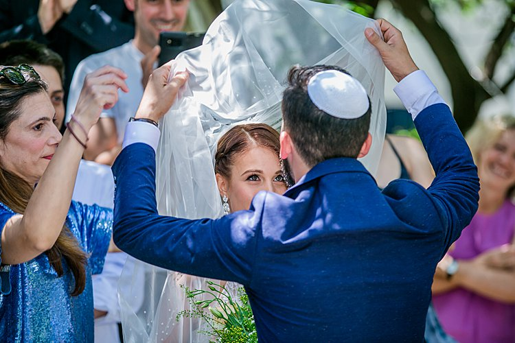 Jewish Wedding at parents' house in the north of Israel_0037