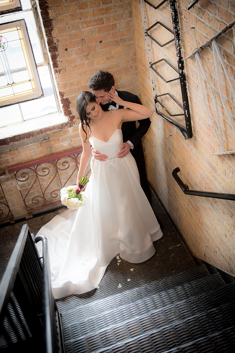 Jewish-wedding-Salvage-One-in-the-West-Loop-of-Chicago-Illinois-USA