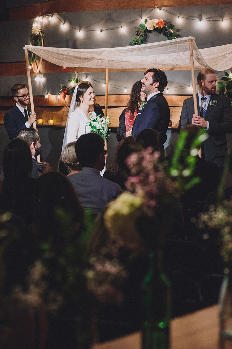 100996fff82 DIY and NYC aren t the first two things we think of as going together when  it comes to Jewish weddings. But super cool (not to mention resourceful)  couple ...