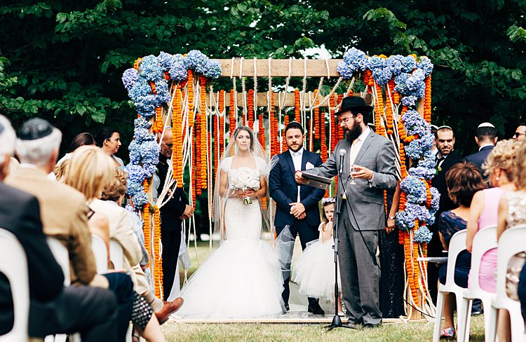 Jewish-wedding-Lavandula-Swiss-Italian-Farm-in-Daylesford-Australia