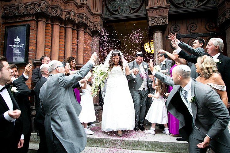 Jewish wedding New West End Synagogue and Jumeirah Carlton Towers, London, UK_0032